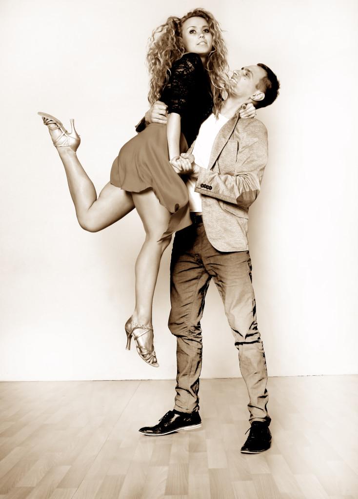 Tańcz z nami VIVA LA SALSA zapraszamy !!!